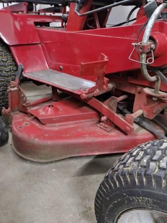 Photo Wheel horse B100 mower deck - $150 (Columbiana)