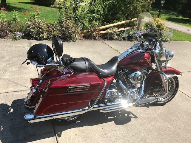 Photo 2010 Harley-Davidson ROAD KING SPECIAL $212.00212.00