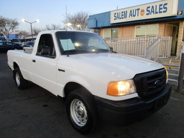 Photo 2005 Ford Ranger XL 7 FOOT LONG BED - VERY LOW MILEAGE - STORAGE BOX - 6 CYL - $8988 ( Ford RANGER XL 7 FOOT LONG BED VERY LOW MILEAG)