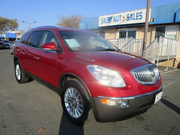 Photo 2012 Buick Enclave - REAR CAMERA - LEATHER AND HEATED SEATS - MICHELIN TIRES - $8,988 (2012 Buick Enclave - REAR CAMERA - LEATHE)