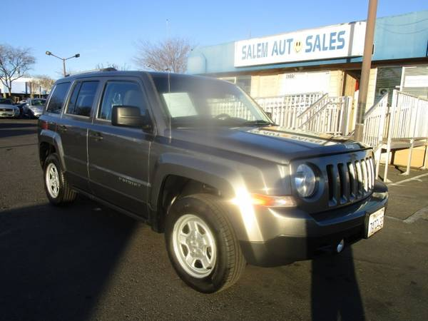 Photo 2014 Jeep Patriot - 4X4 - BRAND NEW TIRES - RECENTLY SMOGGED - DRIVES EXCELL - $8,988 ( Jeep PATRIOT - 4X4 - NEW TIRES - RECENTLY SMOGGED -am)