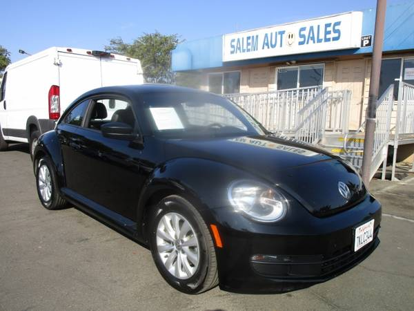 Photo 2015 VOLKSWAGEN BEETLE - NEW TIRES - LEATHER AND HEATED SEATS - RECENTLY SMO - $11,988 ( Volkswagen BEETLE - NEW TIRES - LEATHER AND HEATED SEA)