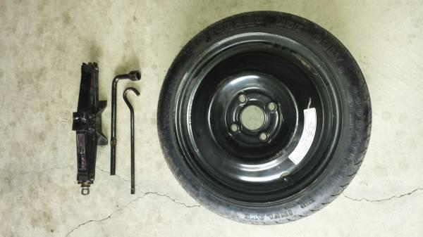 Photo Acura rsx parts and honda civic - $40 (Yuba city)
