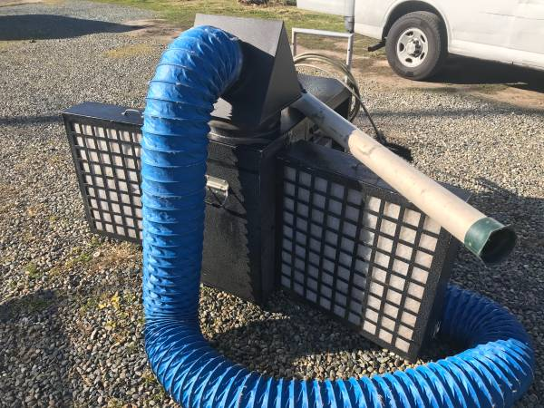 Photo Air duct cleaning equipment - $2500