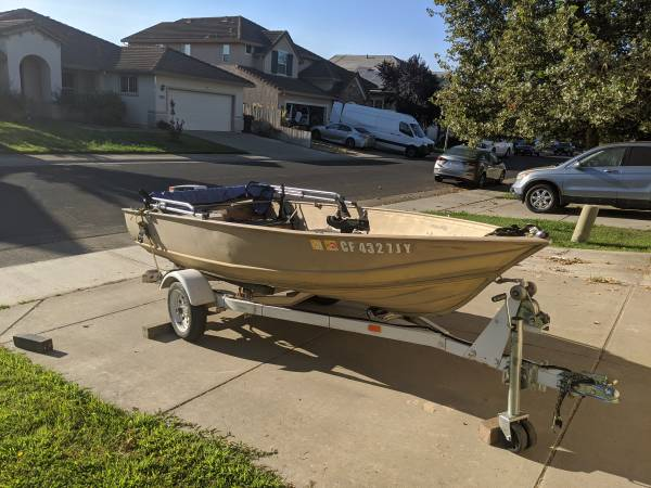 Photo Gregor 12 Fishing Boat - $2,800 (Sacramento)