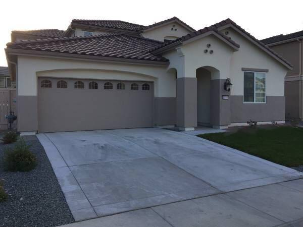 Photo Master Bedroom with Garage Parking for Rent in South Reno (Damonte Ranch)