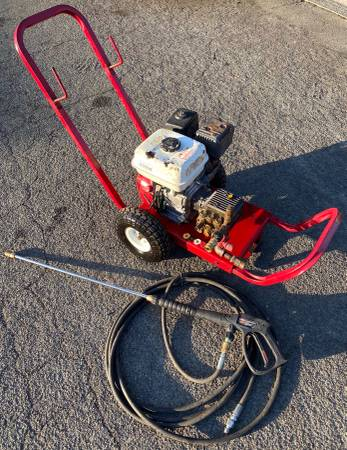 Photo NorthStar Gas 3300PSI Pressure Washer and 5.5hp Honda Engine (Works) - $475 (Yuba City)