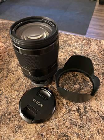 Photo Sony 24-240mm - Lightly Used - $500 (Sacramento)