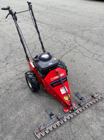 Photo Troy-Bilt Gas 42in Walk-Behind Sickle Bar Mower w 5.0hp (Works Good) - $925 (Yuba City)