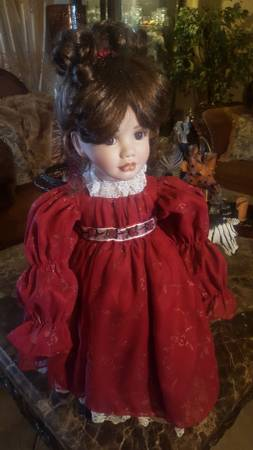 Photo 16quot Porcelain Doll - $45 (Foothills)