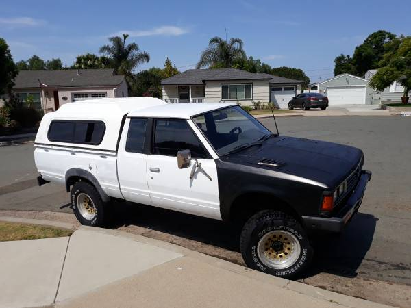 Photo 1981 Datsun Kingcab 4X4 720 - $3,500 (San Diego)