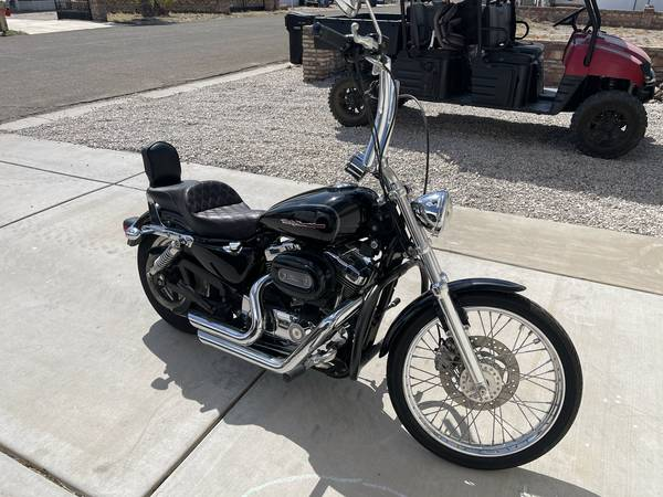 Photo 2004 Harley Davidson Sportster XL1200C - $4,900 (Yuma)