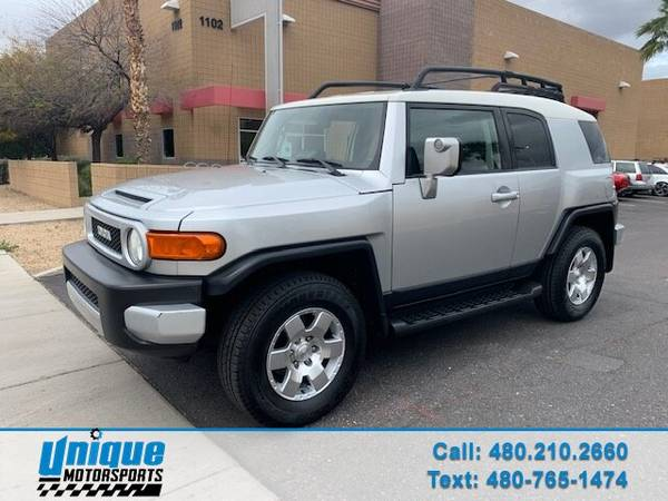 Photo 2007 TOYOTA FJ CRUISER  EXTRA CLEAN DELIVERY AVAILABLE - $11995
