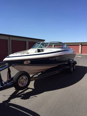 Photo Cobalt 2239 SkiWakeboard Boat - $14500 (Yuma)