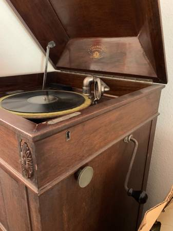 Photo Columbia Grafonola 1800s Hand Crank Record Player with Old Records - $900 (Surprise)