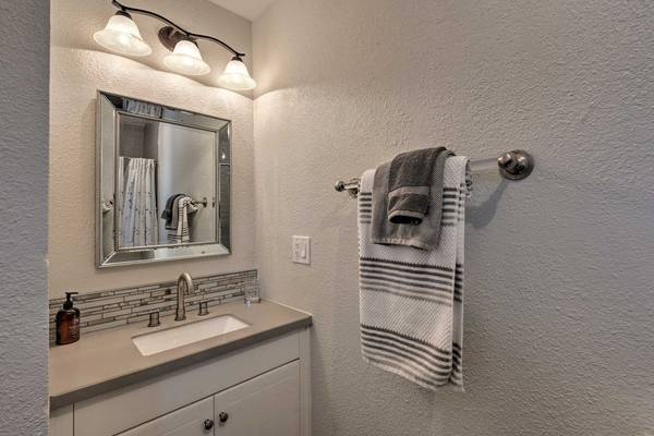 Photo Comfortable one bed and bath (PHOENIX)
