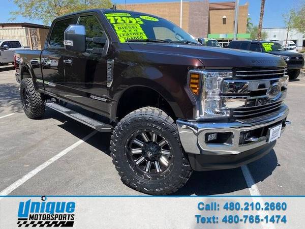 Photo LIFTED EXTRA CLEAN 2019 FORD F350 LARIAT CREW CAB SHORT BED 4X4 6.7 - $72,995