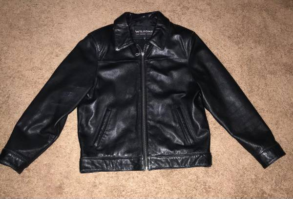 Photo Motorcycle Leathers - $100 (Yuma)