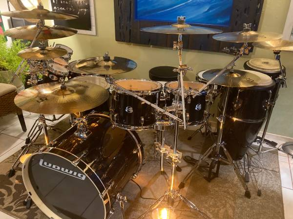 Photo New Custom Ludwig Drum set with Zildian cymbals Trade Motorcycle - $3,000 (Clarkdale)