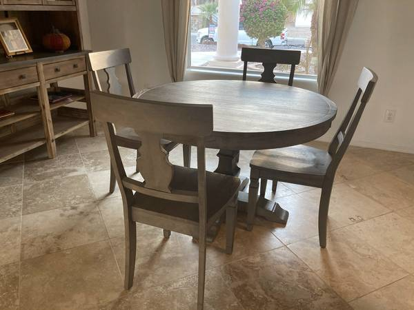 Photo Pier 1 Shadow Grey Bradding Oval Extension Table  Chairs - $1,000 (Yuma)