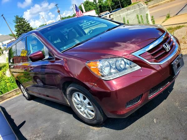 Photo 08 HONDA ODYSSEY - $5950 (Zanesville)