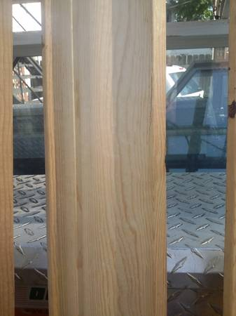 Photo 150 foot of 4 14 CLEAR PINE CROWN MOULDING - $250 (COLUMBUS)