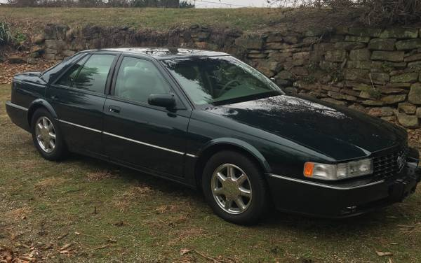 Photo 1997 Cadillac Seville STS - MINT - $7550 (Zanesville)