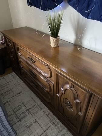 Photo Antique Dressers - $120 (Zanesville)