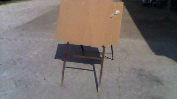Photo Artist Easel--Artist Stand - $10 (New Concord)