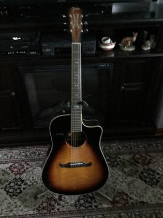 Photo Fender Electric Acoustic - T Bucket - $250 (Grove City)