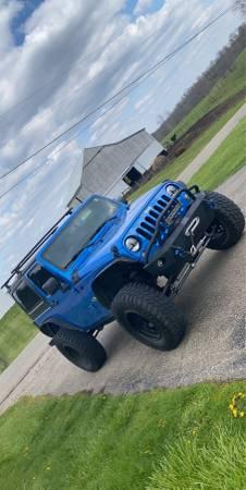 Photo Jeep Wrangler - $20,000 (Mcconnelsville)