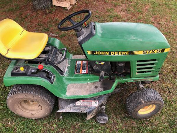 Photo John Deere STX38 - $550 (Mount Perry)
