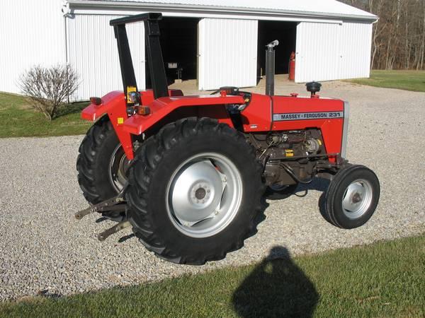 Photo Massey Ferguson 231 diesel tractor - $7900 (Roseville)
