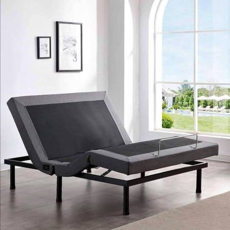 Photo Queen Adjustable BED w Remote,Massage  More-Brand new in Box - $450 (Worthington)