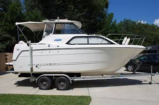 Photo The Bayliner 242 Classic Cruiser - $17,000 (chillicothe)