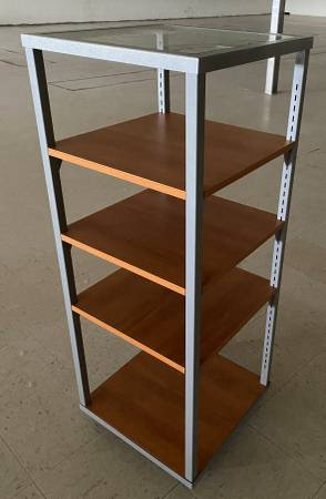 Photo Wheeled 4 Shelf Retail Display w Glass Top  Adjustable Wood Shelves - $199 (Circleville)